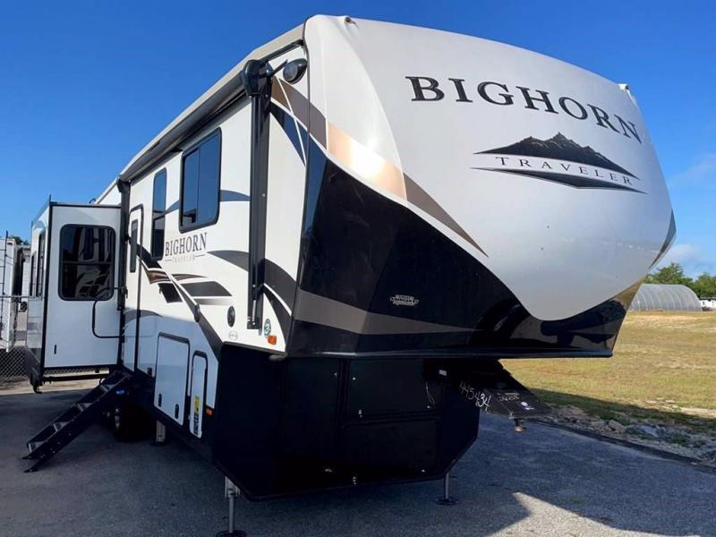 2021 Heartland RV BIGHORN 32RS