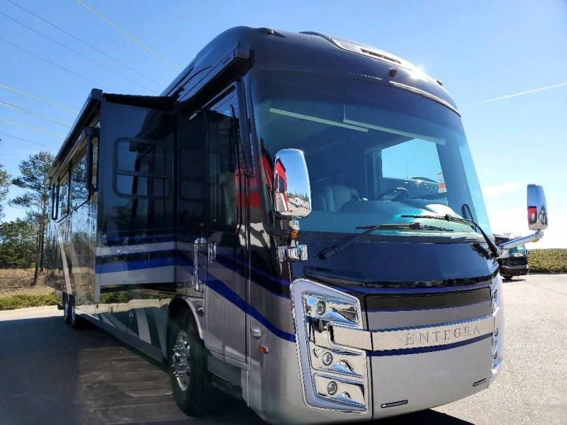 2021 Entegra Coach ANTHEM 44F