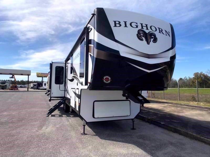 2020 Heartland RV BIGHORN 3300DL