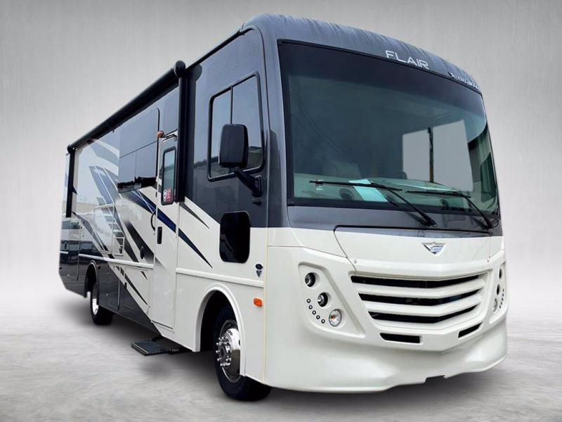 2021 Fleetwood RV FLAIR 29M