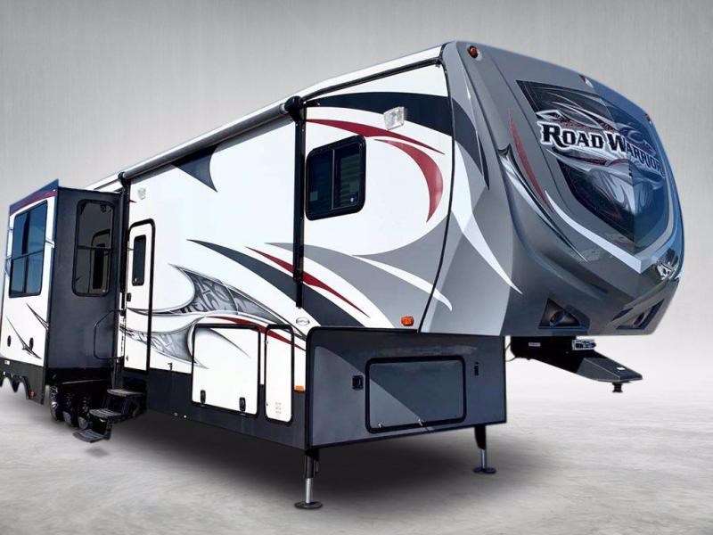 2013 Heartland RV ROAD WARRIOR 390