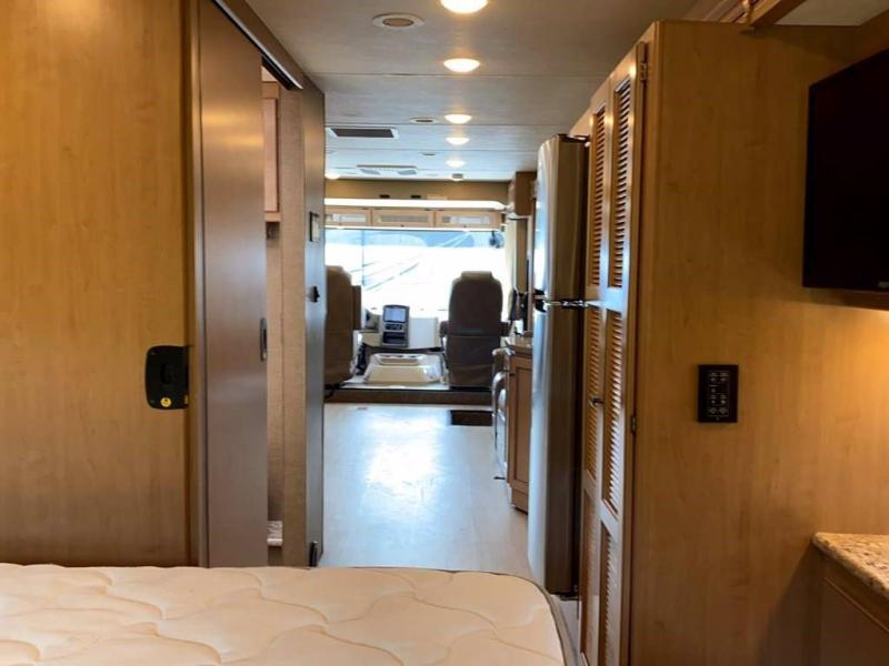 2019 Thor Motor Coach FOUR WINDS 34R