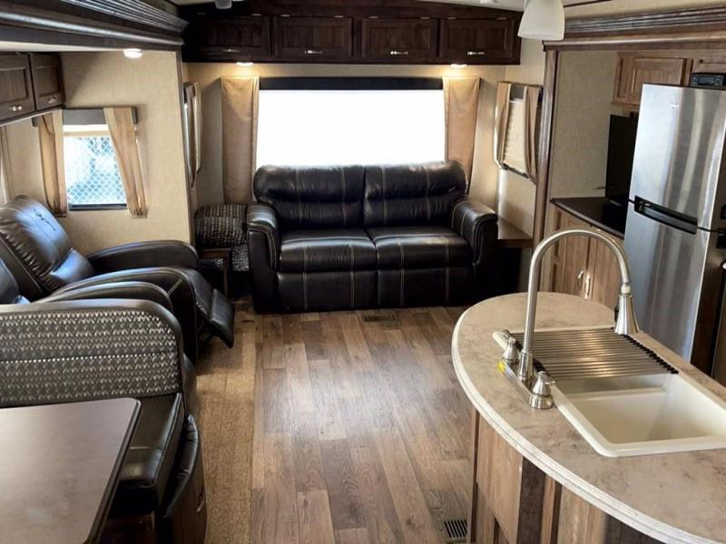 2017 Forest River VIBE 288RLS