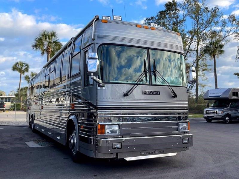 1999 Liberty Coach PREVOST COUNTRY COACH