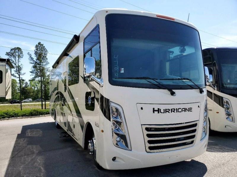 2022 Thor Motor Coach HURRICANE 34J