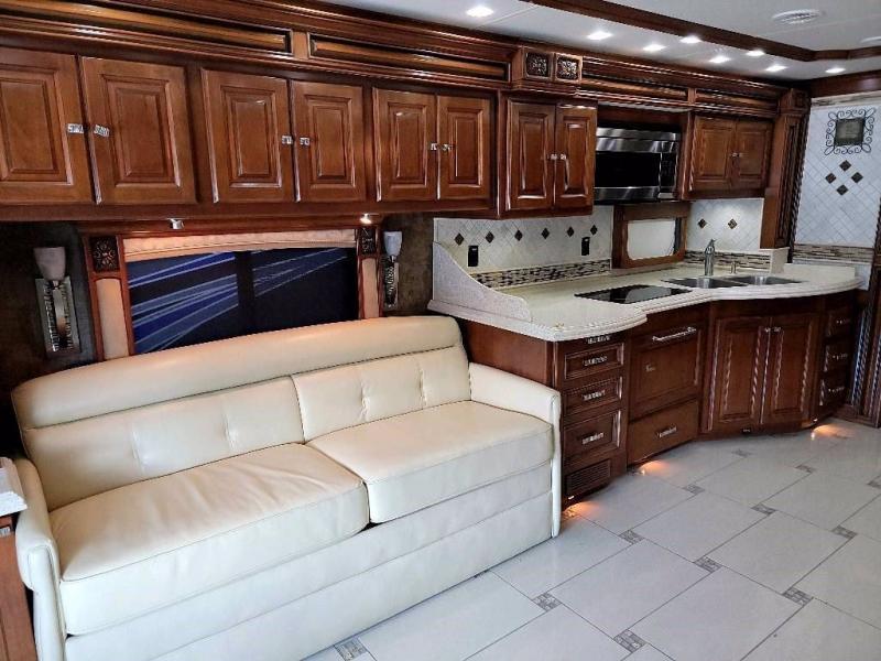 2011 Tiffin Motorhomes ALLEGRO BUS 43QBP