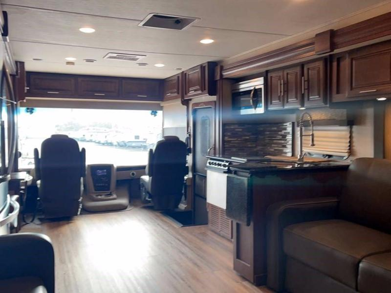 2017 Forest River GEORGETOWN 377TS
