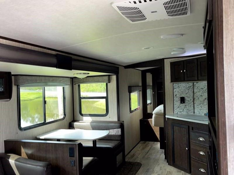 2020 Heartland RV SUNDANCE ULTRA LITE 262RB