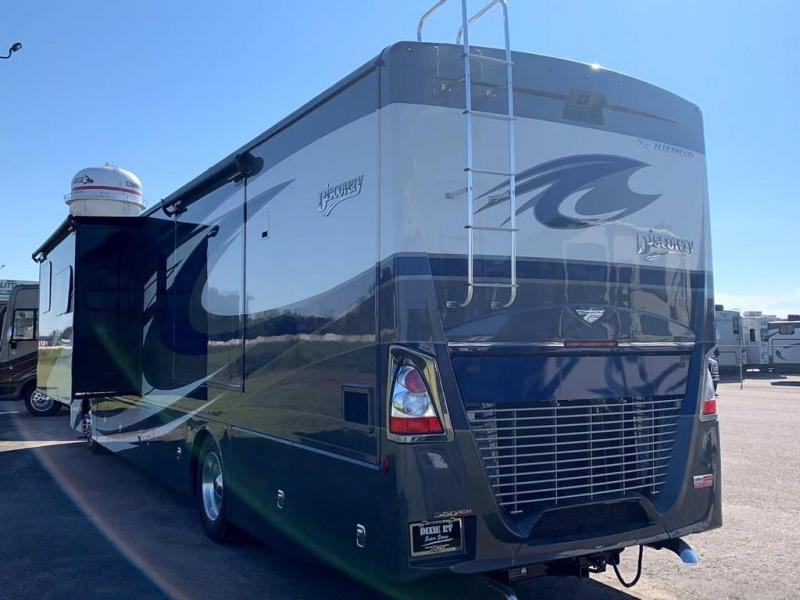 2021 Fleetwood RV DISCOVERY 38W