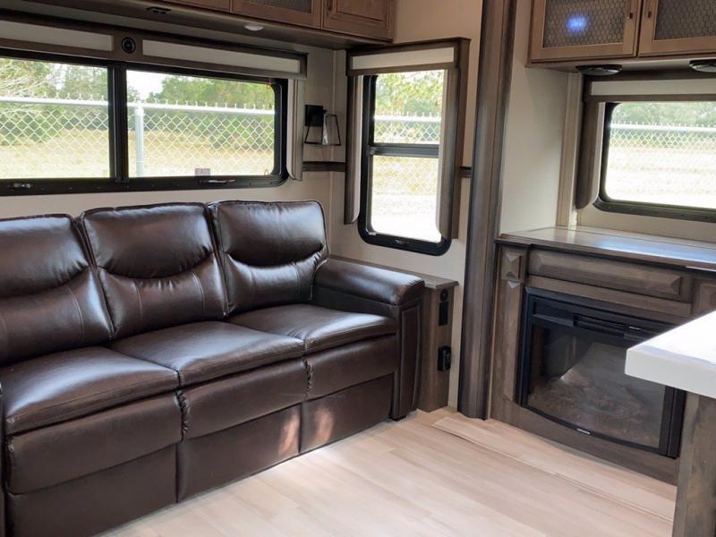 2021 Grand Design RV SOLITUDE 378MBS-R