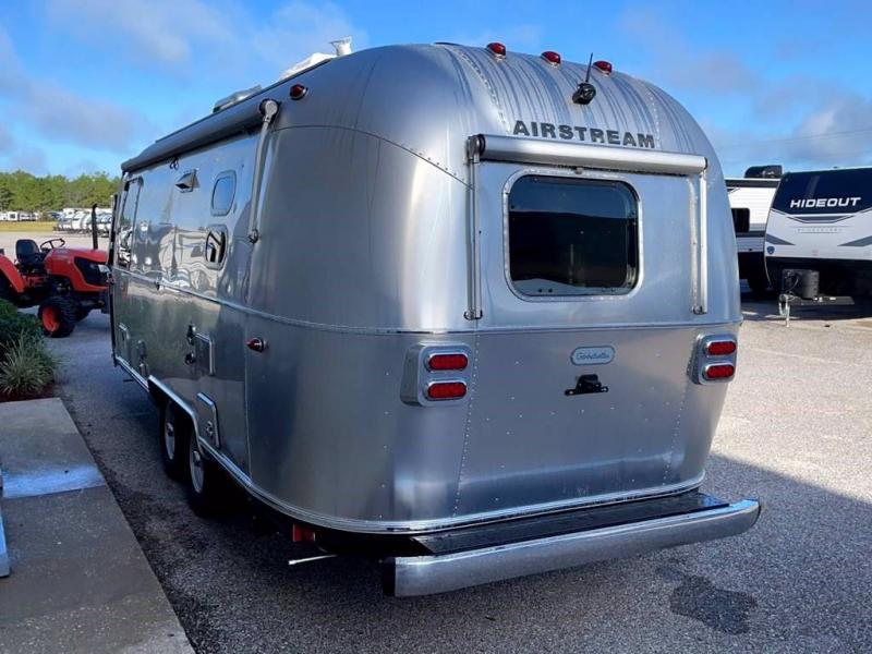 2022 Airstream GLOBETROTTER 23FB