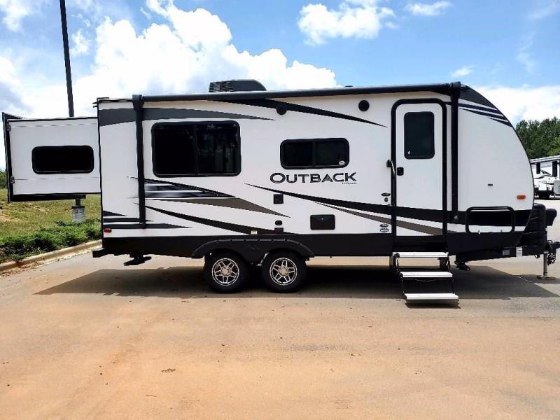 2020 Keystone RV Outback Ultra-Lite 210URS