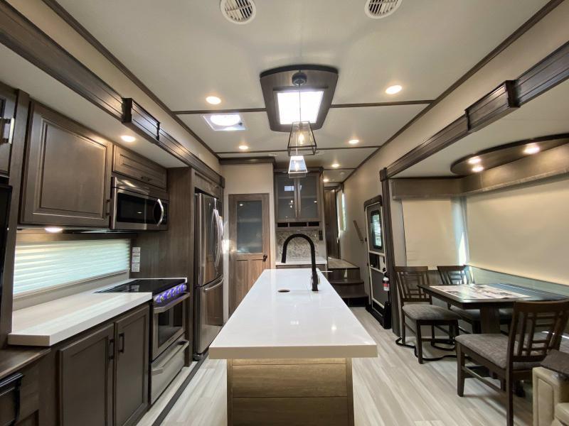 2021 Grand Design RV SOLITUDE 2930RL-R