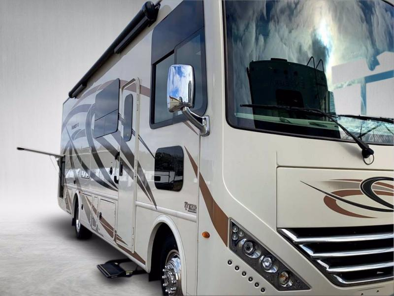 2019 Thor Motor Coach HURRICANE 29M