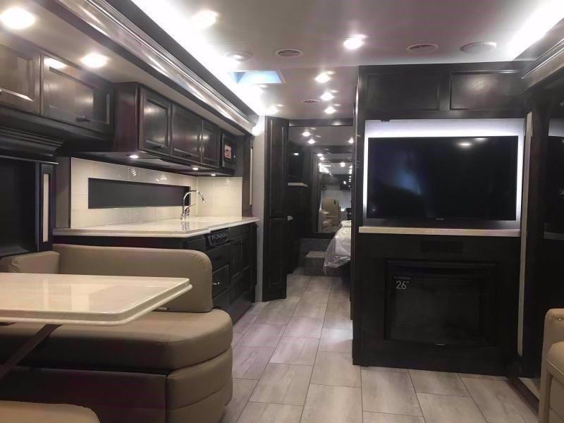 2020 Tiffin Motorhomes ALLEGRO BREEZE 33 BR