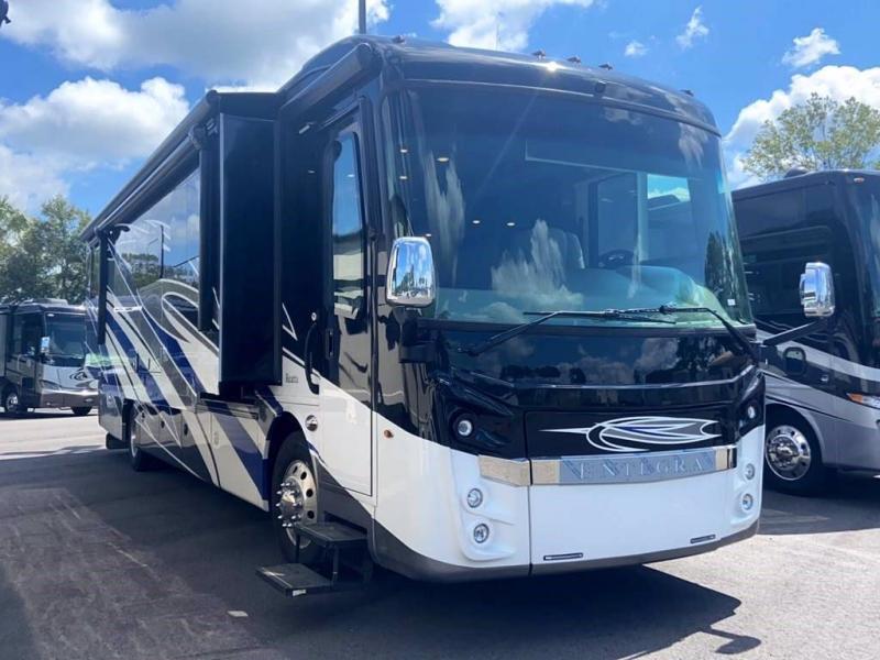 2022 Entegra Coach REATTA 39T2