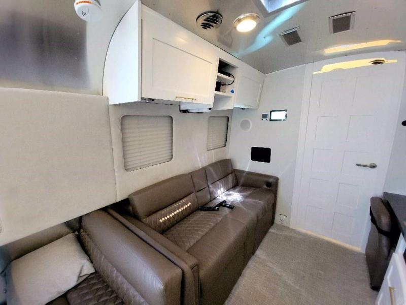 2021 Airstream CLASSIC 33FB