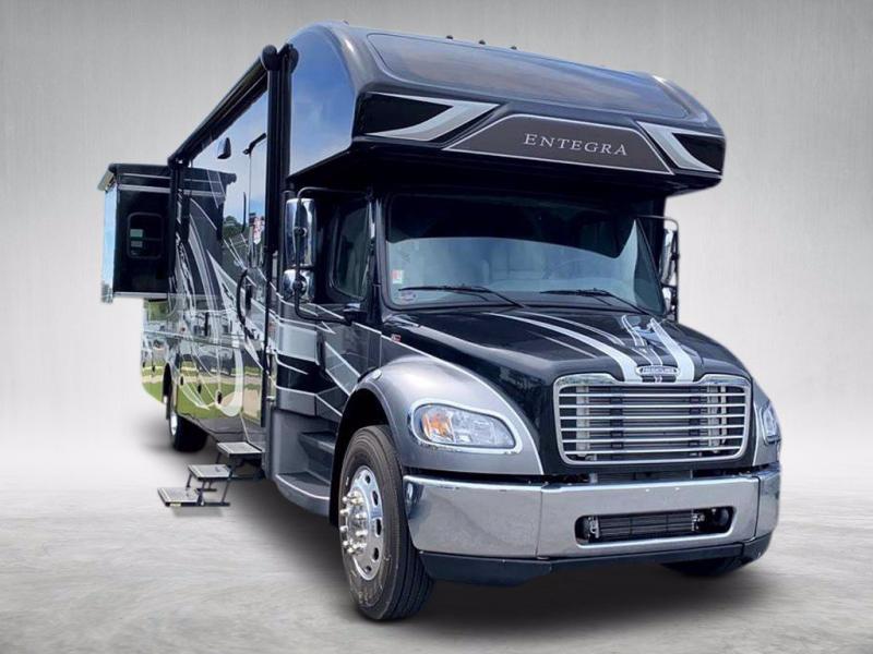 2021 Entegra Coach ACCOLADE 37K