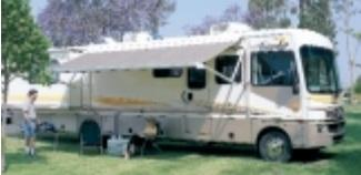 2003 Fleetwood RV BOUNDER 35E