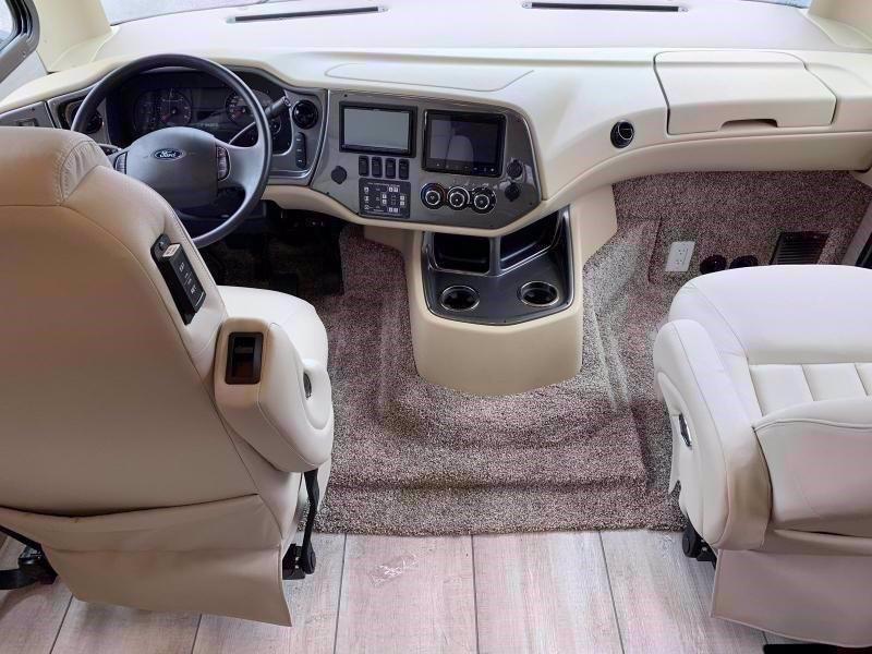 2020 Tiffin Motorhomes ALLEGRO 32 SA