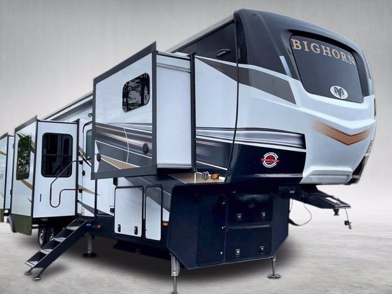 2021 Heartland RV BIGHORN 3995FK