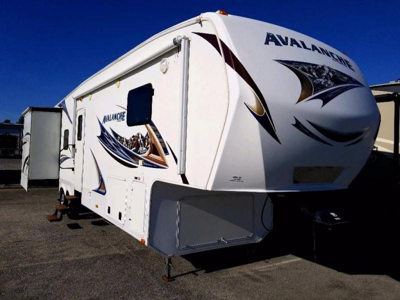 2013 Keystone RV Avalanche 345TG