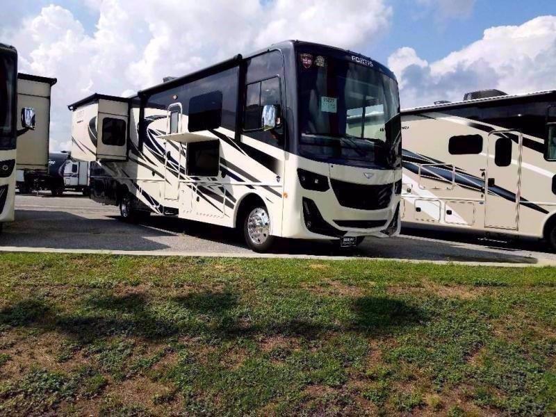 2021 Fleetwood RV FORTIS 32RW