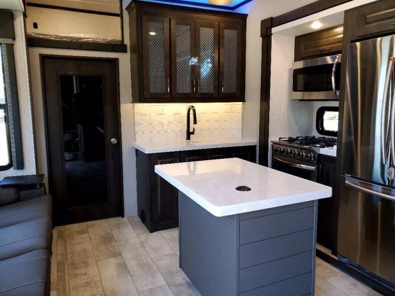 2021 Grand Design RV MOMENTUM 349M-R