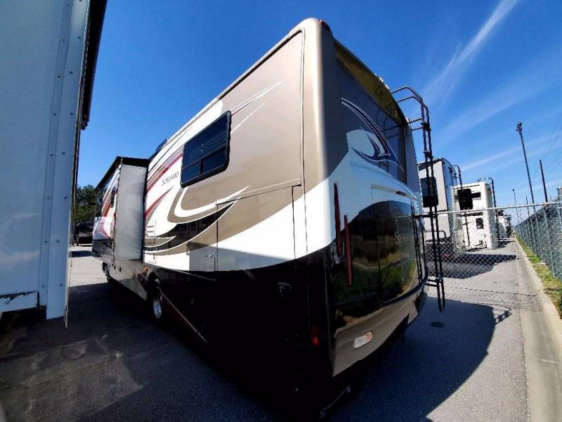 2011 Thor Motor Coach FOUR WINDS 31V SERRANOH/C