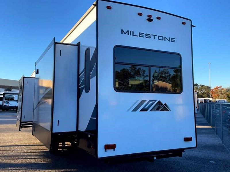 2021 Heartland RV MILESTONE 377MB