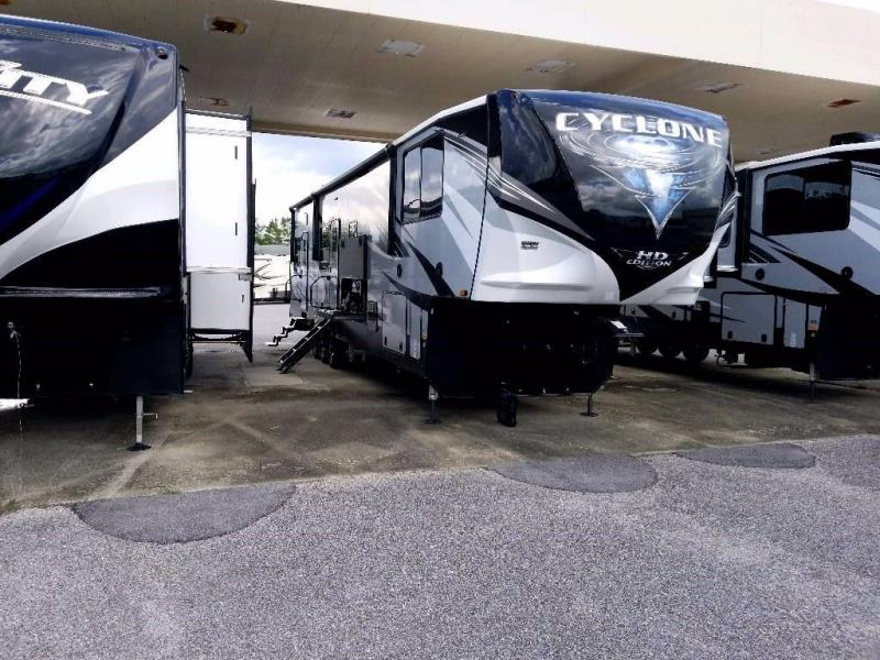 2021 Heartland RV Cyclone 4007