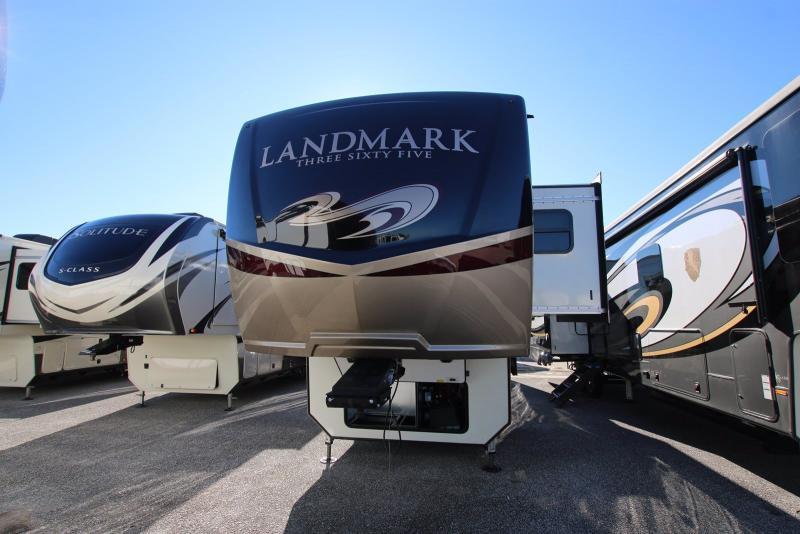 2020 Heartland RV Landmark 365 LM Daytona