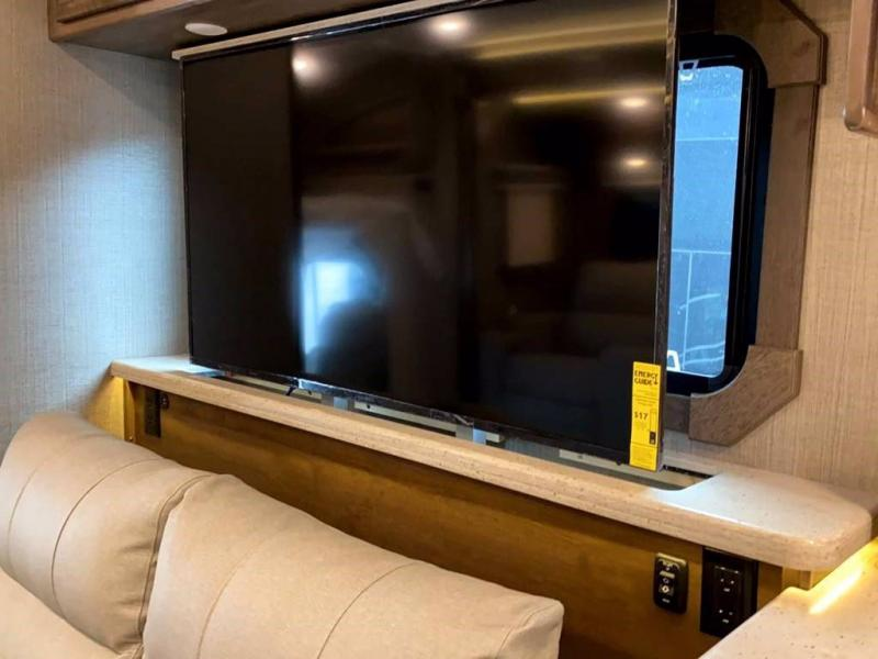 2021 Entegra Coach ACCOLADE 37M