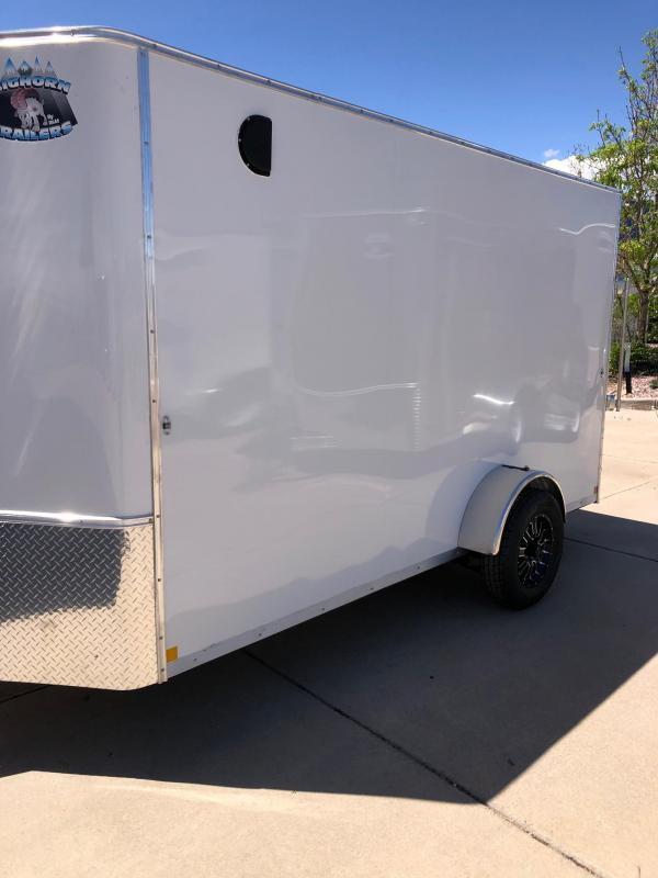 2021 R&M Manufacturing 6x12+v-nose single axle Enclosed Cargo Trailer-Co Springs