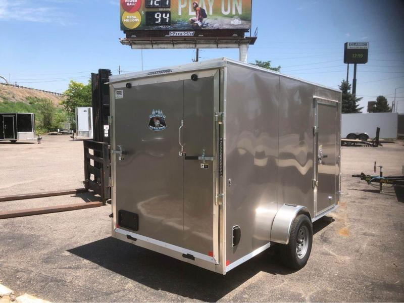 2022 R and M Manufacturing 6x12+v-nose Enclosed Cargo Trailer-Wheat Ridge