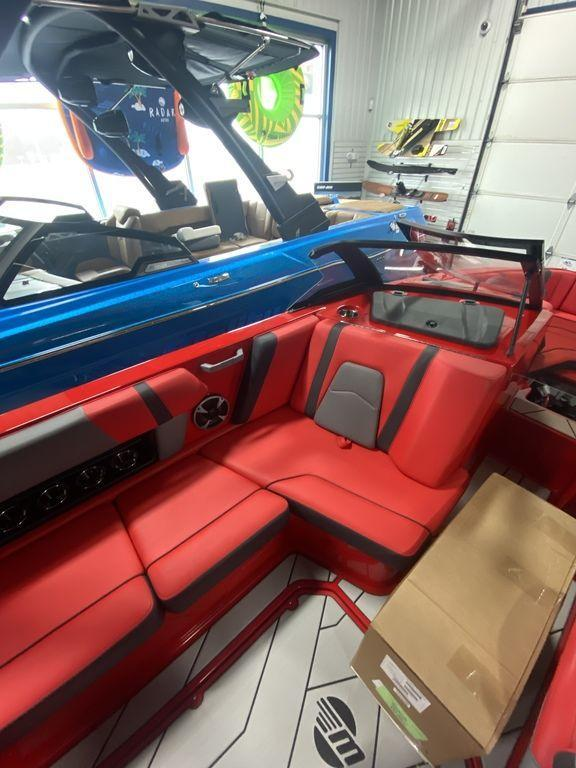 2021 Malibu Boats 21 MLX