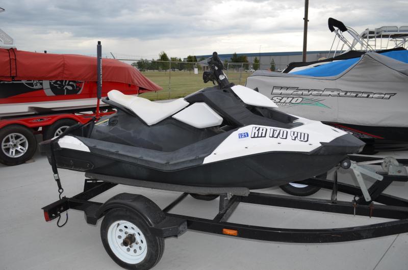 2015 Sea-Doo/BRP SPARK TRIXX PWC (Personal Watercraft)