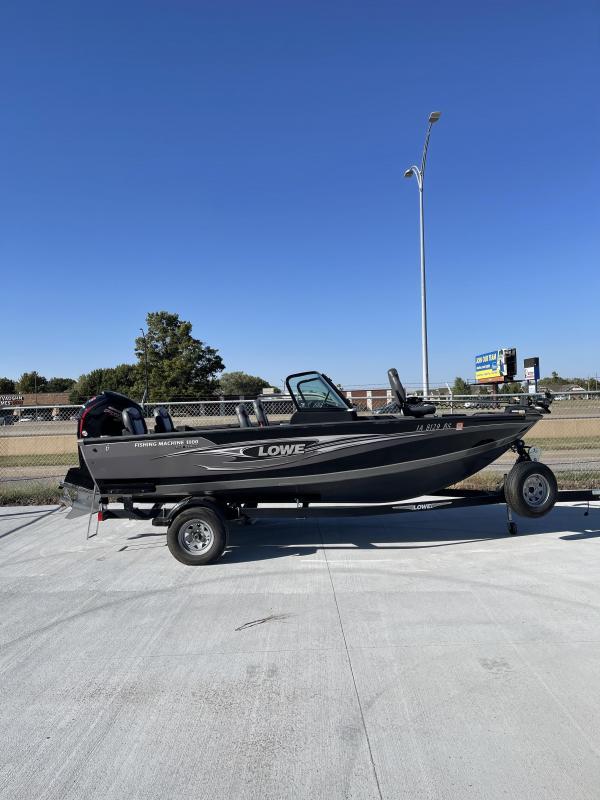 2019 Lowe Fishing Machine 1800 Pro Series Fishing Boat