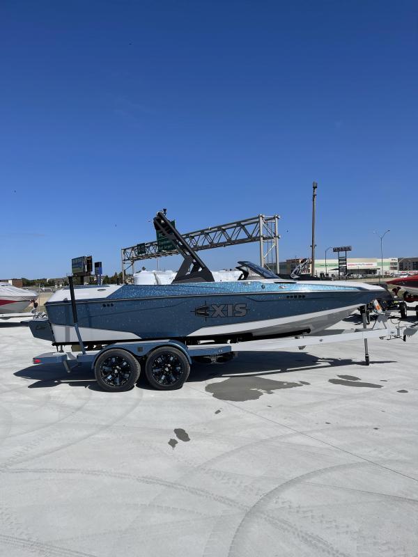 2022 Axis A20 Ski/Wakeboard