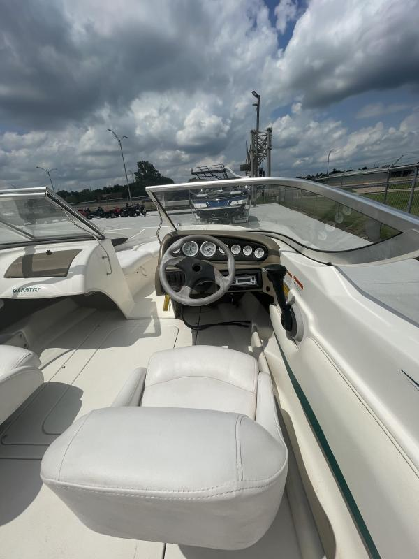 2003 Glastron SX175 Bowrider