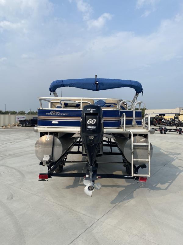 2012 Sun Tracker Fishing Barge 20 DLX Pontoon Boat
