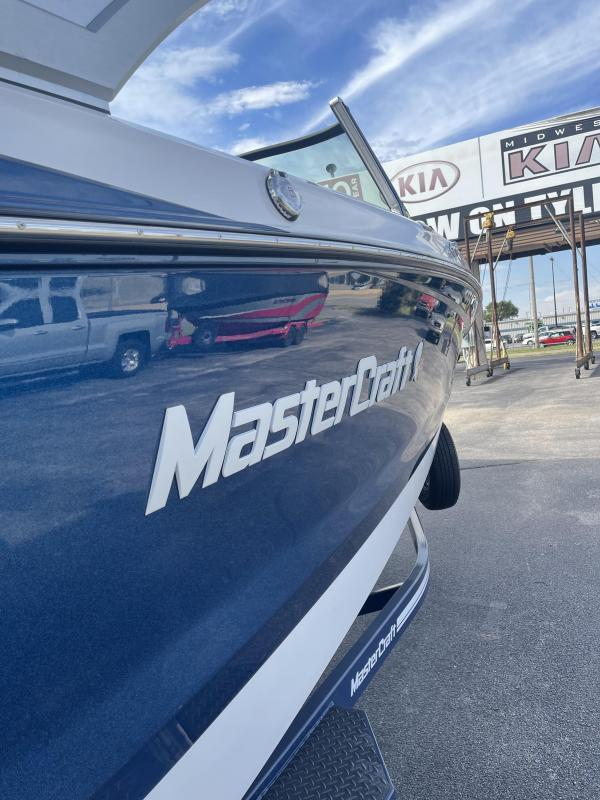 2022 Mastercraft X24 Ski/Wakeboard