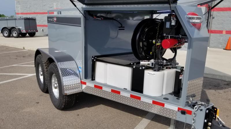 2020 Thunder Creek Fst500 - Signature Fuel Trailer