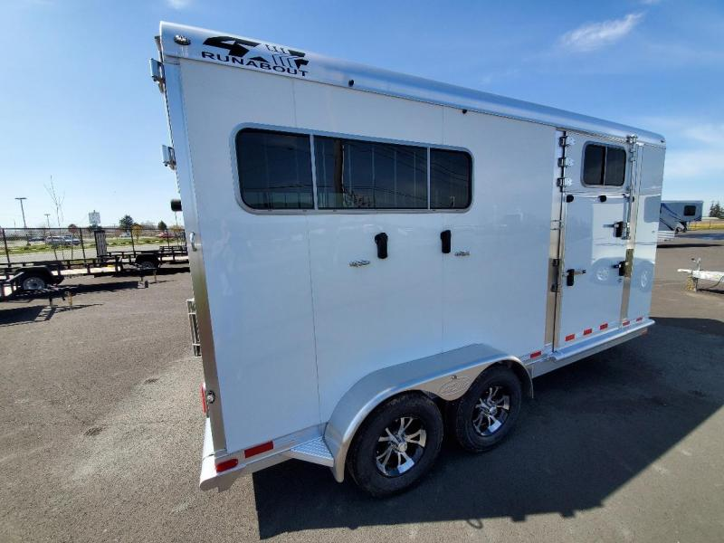 2021 4-Star Trailers Runabout 2H Straight Load Horse Trailer