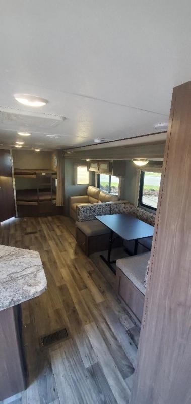 2018 Keystone RV Hideout 28BHSWE Travel Trailer RV