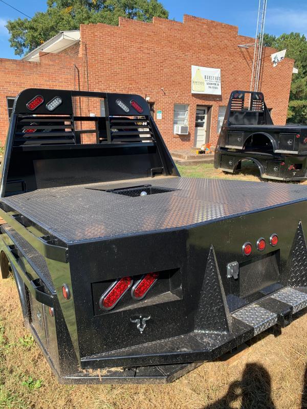 2020 Neckover Trailers SB Platform Truck Bed