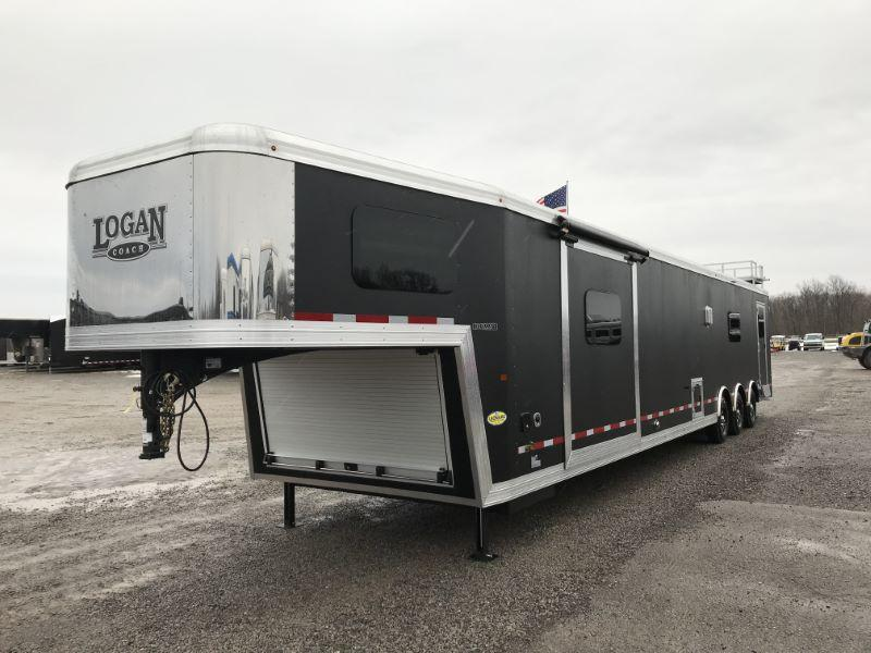 2021  LOGAN COACH 8.5 X 48 GOOSENECK LIVING QUARTERS TOY HAULER WITH 22' GARAGE