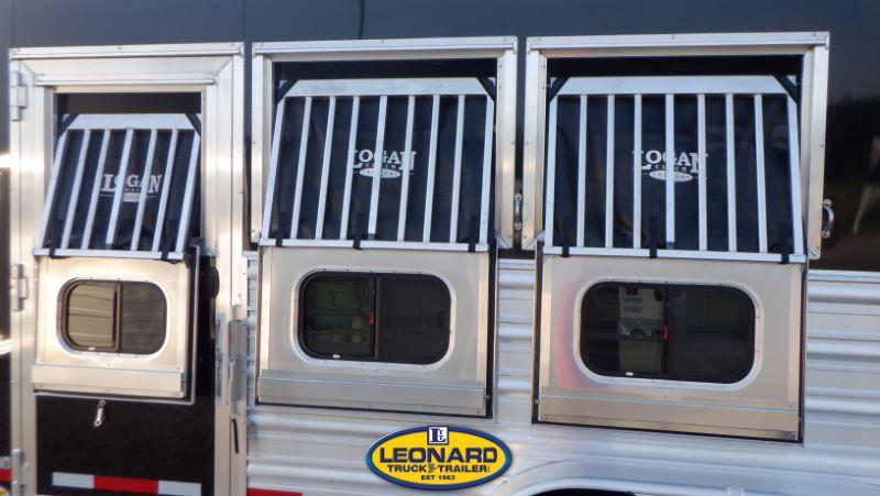 2022  3 HORSE  LOGAN COACH BUMPER PULL HORSE TRAILER