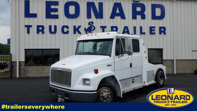 1999  FL60  FREIGHTLINER GREAT TRUCK TO PULL WITH,RUNS GREAT NO ISSUES
