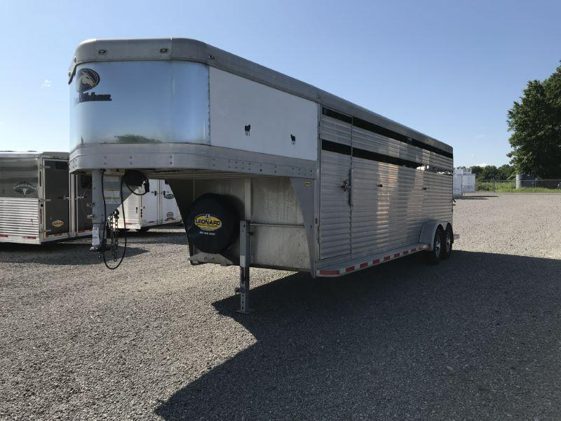 2007 6.5X24 BLUE RIBBON GOOSENECK STOCK TRAILER